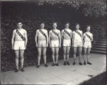 6 members of the 1912 track team version A1